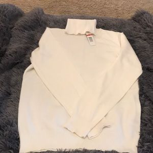 NWT Cream Jospeh A turtleneck sweater